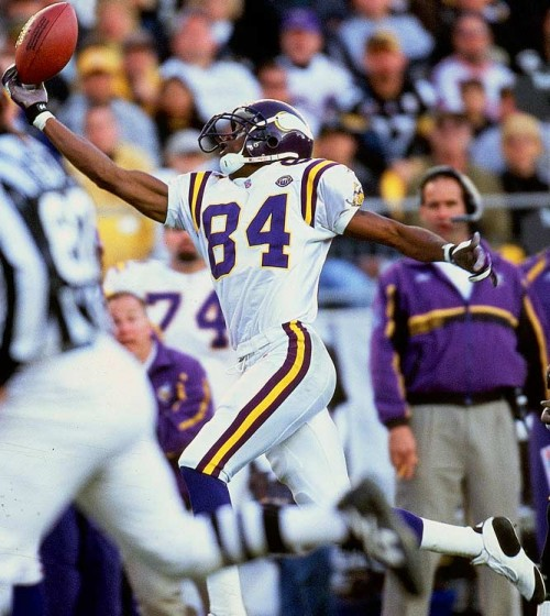 "Randy Moss: From NFL Badboy to ""Ring Of Honor"""
