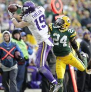 adamthilem 9767412-quinten-rollins-adam-thielen-nfl-minnesota-vikings-green-bay-packers